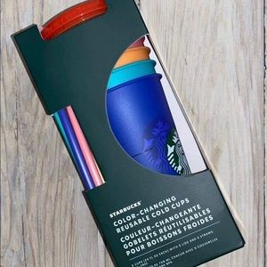 Limited edition Starbucks: color changing cups